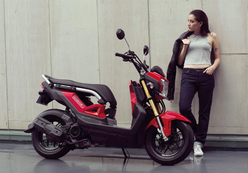 Motorbike-Honda-zoomer-X-2015-17